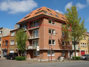 Op te frissen hoekappartement met 2 slaapkamers gelegen in de vuurtorenwijk te Oostende, 3° verdieping, recent gebouw met fietsenberging, ideaal s
