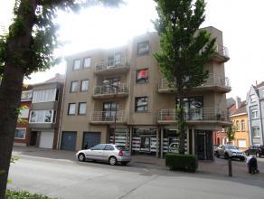 Ruim appartement in recent gebouw te Oostende-Vuurtorenwijk.  Er is een ruime living met veel lichtinval en zonnig terras.  De open keuken is volledig