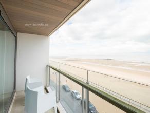 PRACHTIG NIEUWBOUWAPPARTEMENT MET UNIEK ZICHT OP ZEE EN HET STRAND VAN MARIAKERKEInkomhall, woonkamer met een prachtig open zicht op zee, terras voora