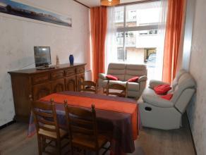 Dit gezellige appartement beschikt over 2 slaapkamers en is gelegen in een rustige straat vlakbij het centrum en de zeedijk. Ze beschikt over een:Woon
