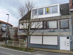 Vernieuwd appartement nabij het centrum van Gistel. Het pand omvat 2 slaapkamers, woonkamer, nieuw en volledig ingerichte keuken, badkamer met douche