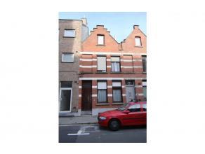 Te koop euro 123 000 Woning Kortrijk Veldstraat 204 1 2 100 m2 128 m2 euro 423 593 kWh/m2 783 034 verhuurd deze leuke stadswoning is centraal gelegen