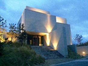 De Villa Zeelied is gelegen in de Cezar Gezellestraat te Oostduinkerke. Op slechts 50m van het strand en de zee. Het project bevindt zich zowel aan de