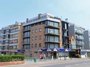 Luxe hoekappartement, zonnekant, met zijdelings zeezicht !Kleine, centraal gelegen residentie.Slechts één appartement per verdieping !In