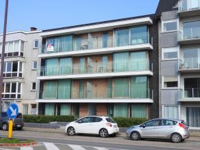 Groot appartement met een centrale ligging te Oostduinkerke !- drie slaapkamers,- gerenoveerd appartement,- residentie werd gerenoveerd,- op wandelafs