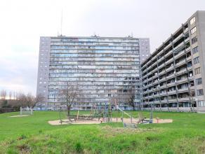 """Gezellig appartement aan de achterzijde van Res. """"Zweden"""", gelegen aan de rand van Gent, vlakbij de oude dokken. Vlotte verbinding via het openbaar ve"""
