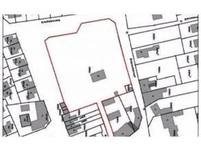 Projectgrond van 6434m2 gelegen in het pitoreske hart van Wortegem-Petegem. De grond biedt u de mogelijkheid tot het bouwen van 10 afzonderlijke woone