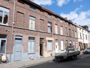 Deze opbrengsteigendom is gelegen in het hart van de levendige Rabotwijk, in de nabijheid van de Gasmeterlaan en het nieuwe Justitiepaleis. De woning