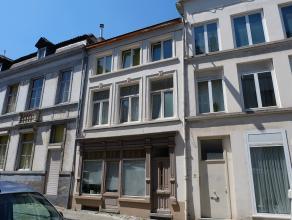 Deze woning geniet werkelijk van een TOPLIGGING, in het historische hartje van Gent, op 200m van het Belfort en de Sint-Baafskathedraal, tevens op wan