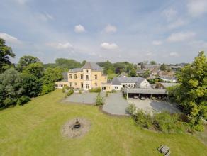 Ruim landhuis gelegen in een parkdomein van 3ha, toegankelijk via 2 ingangen met oprijlaan. Interieurinrichting met gebruik van oudere kwaliteitsvolle