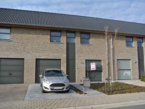 Deze rustige en jonge verkaveling bevindt zich op een ideale ligging, nabij het centrum van Roeselare en op fietsafstand van winkels, scholen, station