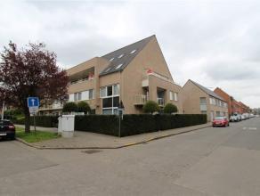 Ref : 3205 Prijs : euro 675 Adres : Deken De Saegherplein 12, 8800 Roeselare Beschikbaarheid : Onmiddellijk Aantal slaapkamers : 3 Aantal badkamers :