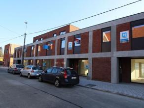 Deze nieuwbouwwoning wordt momenteel volledig afgewerkt (oa. schilderwerken) en is gelegen op korte afstand van centrum Roeselare. De ideale huurwonin