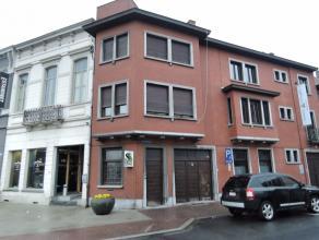 Twee slpk woning te huur met koer in volle centrum (mogelijkheid om een garage bij te huren aan 70 EUR/mnd).