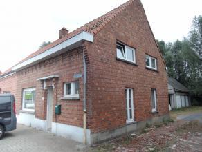 Gezellige woning te huur, nabij Roeselare centrum met tuintje en garage.
