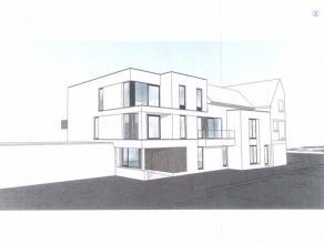 Ieper centrum.Nieuw te bouwen project met vergunning voor 5 appartementen, rijwoning en 7 buiten autostaanplaatsen.Meer info na afspraak op kantoor.<b