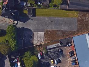 Zeer gunstig gelegen projectgrond met een straatbreedte van 53 m op de grens met Sint-Amandsberg en Gent centrum met een oppervlakte van 3784m².