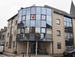 De ongemeubelde studio bevindt zich op de 2de verdieping en is gelegen in de omgeving van het UZ Gent. De studio bestaat uit een hal, leefruimte, inge