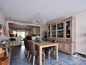 Zalige tot in de puntjes gerenoveerde woning met optimale ruimtes en comfort voor een heerlijk thuisgevoel! Hier ontdekt u een aangename woonsfeer met