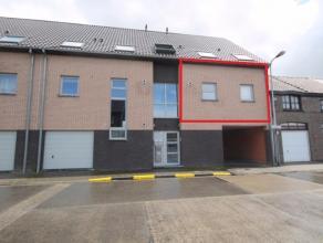 Instapklaar appartement op de eerste verdieping.<br /> Het appartement omvat een inkom, leefruimte met open ingerichte keuken, 1 slaapkamer en een bad