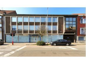 Dit projectgrond bestaat heden uit handelswoning + twee appartementen, tuin en garage. Troeven van dit perceel: goed gelegen en dicht bij Centrum Gent