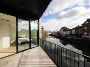 Elke wooneenheid binnen dit project vormt een duplex met een eigen privatieve ingang. De verscheidene woningen hebben minstens één terra
