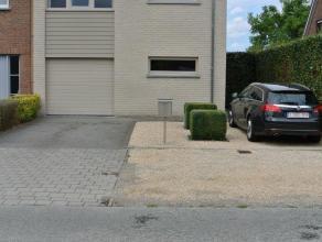 Drongen, Halewijnkouter 48 ( zeer goede residentiële ligging : rustige en groene omgeving, vlakbij openbaar vervoer , scholen en winkels, nabij s