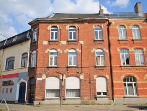 Groot woonhuis verdeeld in drie één slaapkamer appartementen gelegen op een absolute top locatie in centrum SINT-AMANDSBERG aan de AZALE