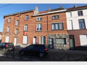 Deze woning ligt om de hoek van het UZ en wordt gemeubeld verhuurd als 4 kamers( met domicilie). Bevattende inkom; douchecel, wastafel en toilet, kame