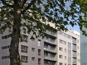 ACCES FACILE OTAN - Appartement rénové au dernier étage d'un immeuble de 2008 situé dans un quartier résidentiel pr