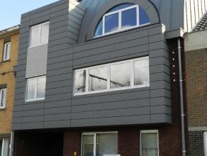 Interessant gelegen zeer mooi afgewerkt duplex nieuwbouw appartement op 2e verdieping rechts van het gebouw met carport.Dit appartement omvat :inkomha