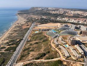 In het zonnige Spanje beiden wij uw nieuwbouw appartementen/woningen/studio's aan.Alle types met 1/2/3/4 slaapkamers. Met zwembad. Aan de kust, 1ste l