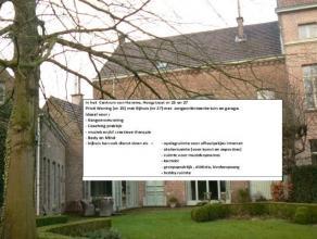 """In het Centrum van Hamme, Hoogstraat nr 25 en 27 , """"voormalig brouwershuis, later ingericht als notariswoning"""" is een beschermd monument - en biedt vo"""