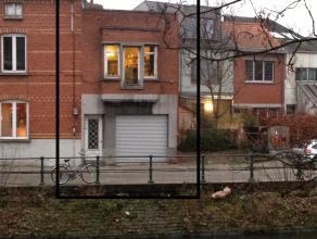 te renoveren bel-etage, met veel potentieel, en knap uitzicht<br /> extra (dak)verdieping creëren is mogelijk<br /> ruime droge kelder, ruime gar