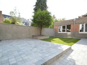 """SCHAERBEEK, quartier """"Diamant"""", Léon Mahillon, dans un petit immeuble, magnifique rez-de-chaussée de +/-145m² avec jardin de +/-50"""
