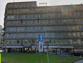 87m² (à 4000m²) kantoren <br /> Ligging: aan de Waaslandtunnel; vlakbij de binnenstad; openbaar vervoer op wandelafstand<br /> Besc