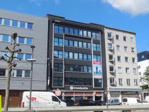 415m² kantoorruimte<br /> Ligging: vlot bereikbaar via de Waaslandtunnel; aan het Eilandje<br /> Beschikbaar: onmiddellijk