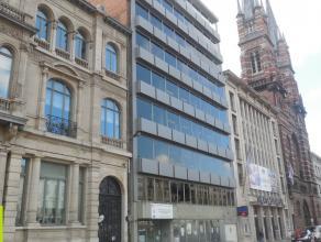 3 x 335m² kantoorruimte<br /> Ligging: station Antwerpen-Centraal op wandelafstand; vlakbij Stadspark<br /> Beschikbaar: onmiddellijk