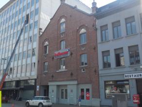 345m² kantoorruimte <br /> Ligging: vlakbij Waaslandtunnel <br /> Beschikbaar: onmiddellijk