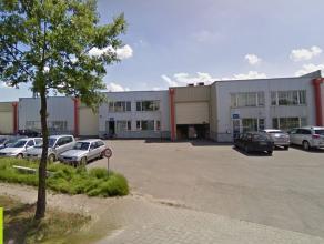 203m² kantoren <br /> Ligging: vlakbij afrit E19 (Mechelen-zuid) <br /> Beschikbaar: onmiddellijk