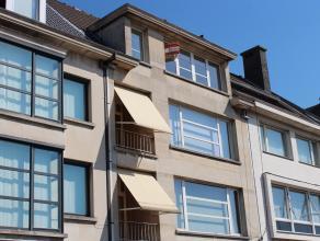 Dit goed gelegen recent gerenoveerd appartement biedt u het hedendaags comfort in een authentiek charmant kader. Ideaal gelegen op de Parklaan dichtbi