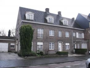 Goed gelegen perceel in centrum Waarschoot. <br /> Bouwgrond / projectgrond / renovatie bestaande woningen.<br /> <br /> Percelen kadastrale afdeling