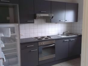 Verzorgd en instapklaar appartement met 1 slaapkamer - living - keuken en badkamer gelegen op 3° verdieping in kleine residentie.Provisie gemeensc