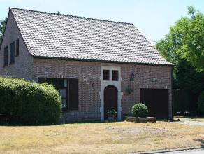 Huiselijke open bebouwing gelegen in een rustige verkaveling vlakbij het centrum van Lovendegem.<br /> Interessante ligging vanwege nabijheid winkels,