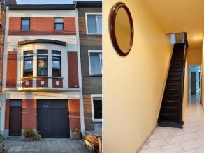 Op zoek naar een woning met tuin in Berchem vlakbij openbaar vervoer en winkels? Dan is dit jouw kans!! Binnenkomen doe je via een hal. Verder is er o