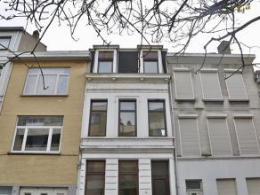 Het betreft hier een woning onderverdeeld in 3 studio/appartementen op een zeer gunstige locatie op de grens van Antwepren en Berchem. Brouwerij de Ko