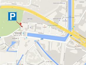 Enkele autostaanplaatsen te huur aan de Vaartkom in Leuven. De plaatsen zijn gelegen in nieuwbouw Residentie De Latten. Verdieping -1 of -2 met toegan