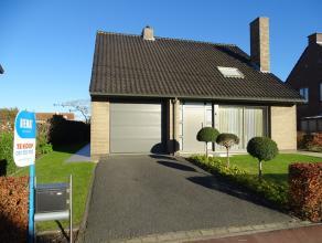 Deze volledig instapklare villa is gelegen nabij het centrum van Lichtervelde. Zo staat u in enkele minuutjes in de dorpskern, maar kan u tevens genie