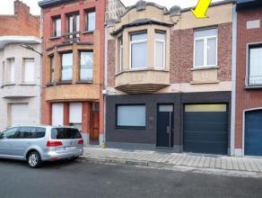 Grote eengezinswoning (woonoppervlakte 190 m²) met tuin en inpandige garage, gelegen in een vrij rustige straat nabij her Rivierenhof. De woning