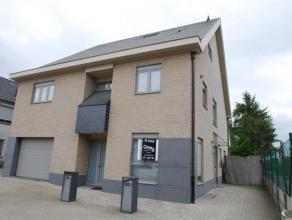 NIEUW BIJ CENTURY21 ANIMO!!<br /> Dit luxe, gelijkvloers appartement midden in het centrum van Heusden, is gelegen op een boogscheut van alles wat u n